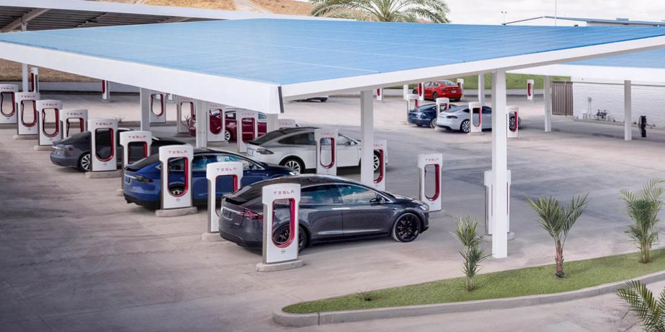 Tesla 增加充电站
